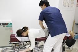 産後骨盤矯正 トムソンベッド